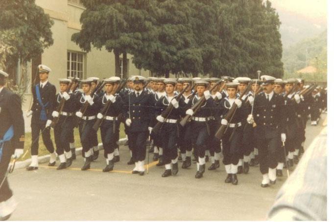 Stelmilit Chiavari - maggio 1986 - Alberto Zanetta al centro della compagnia di formazione