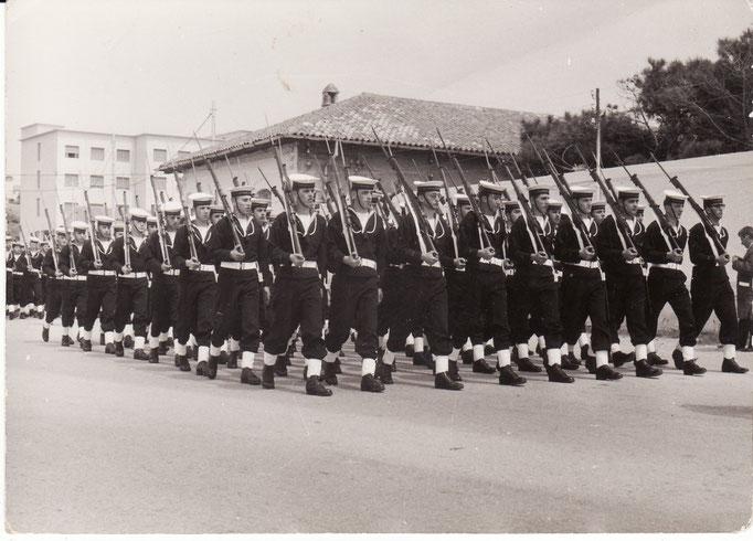 1968 - Defilamento Scuola SAL
