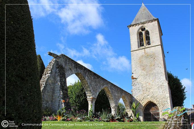Sées - ruines de l'église Saint-Pierre