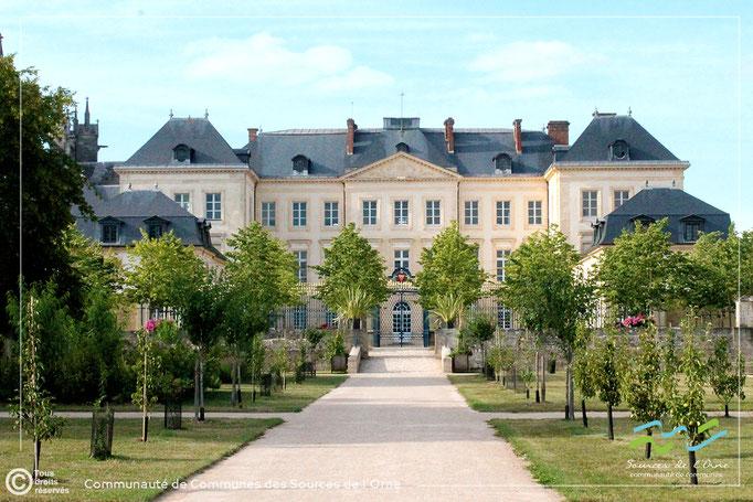 Sées - les jardins et le palais d'Argentré