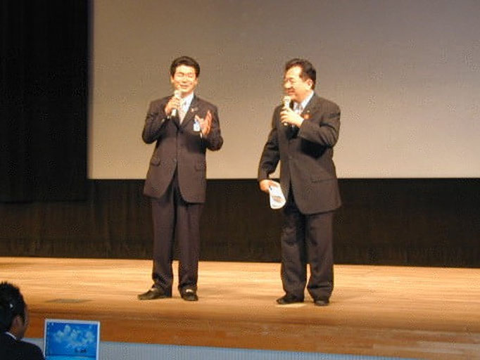 田中康夫氏をお迎えし講演会を実施