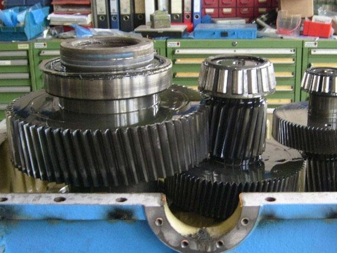 Reparatur von Getriebemotoren bei Elektromotoren Rock Reparaturwerk GmbH.