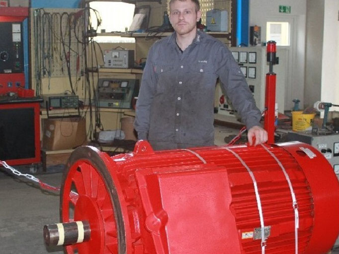 Drehstrom-Motor reparieren bei Elektromotoren Reparaturwerk Rock in Abenberg: