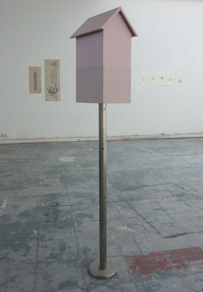 Forteresse, acier et plaques de plâtres ignifugées, 160x35x30 cm. 2013.