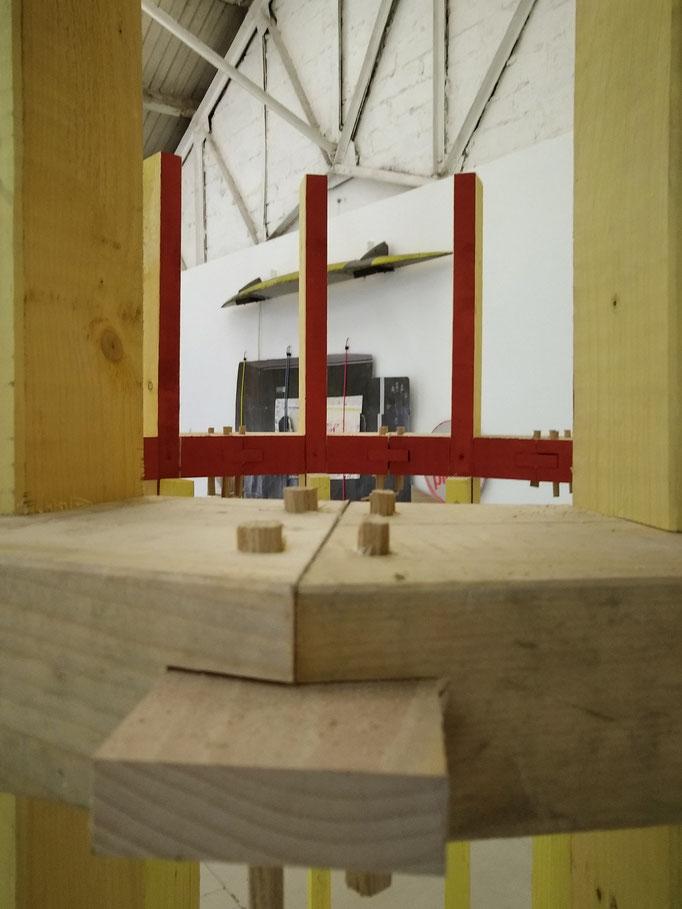 Château d'eau (détail), bois, 2021. Vue de l'exposition In Two avec Charles Thomassin aux Ateliers Vortex, 2021.