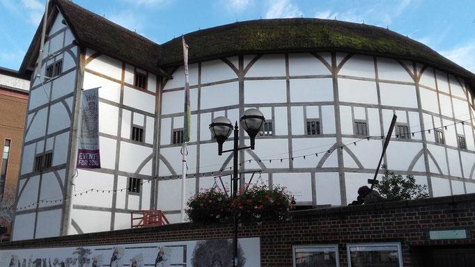 http://www.escapadesalondres.com/pages/les-musees-de-londres/shakespeare-globe-theatre-un-voyage-dans-le-temps-1.html