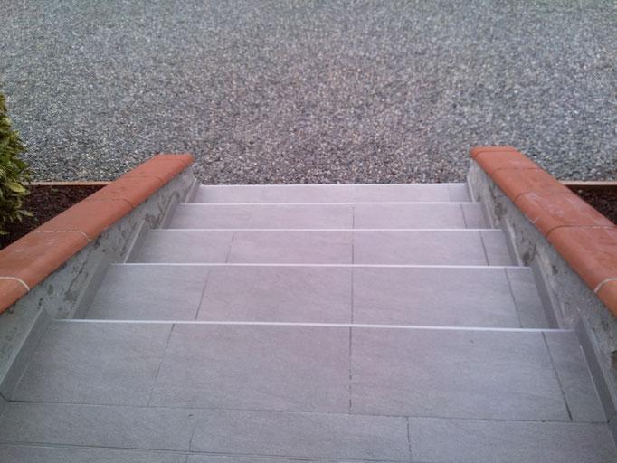 Escalier refait en carrelage
