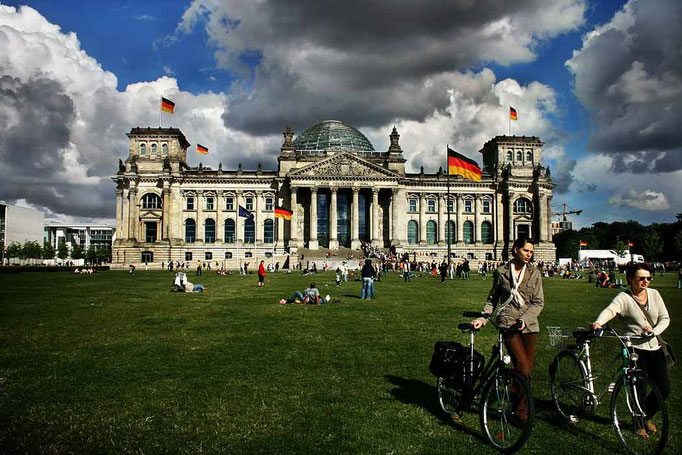 Palace of Reichstag, site of the Bundestag, the German Parlament. Berlin, Germany, 2005