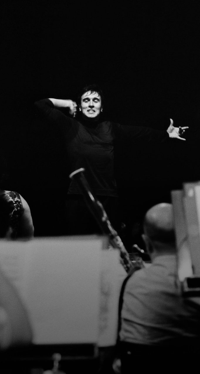 Claudio Abbado's debut in La Scala Theatre in Milan, 1965 © courtesy Contrasto/Cesare Colombo