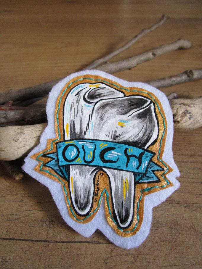 Sold - Brooch hand painted