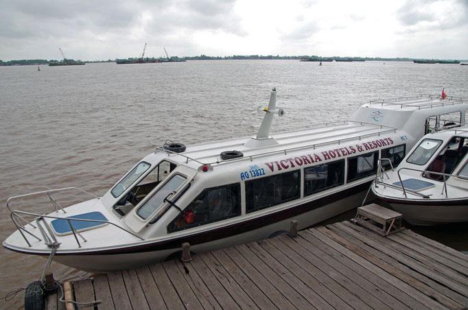 Schnellboot nach Kambodscha