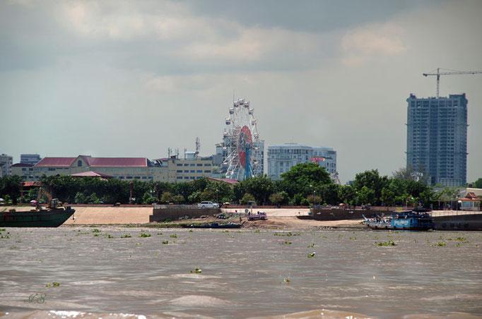 mit dem Schnellboot nach Phnom Penh