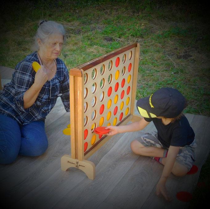 Jeu de règle traditionnel à partager avec ses petits enfants