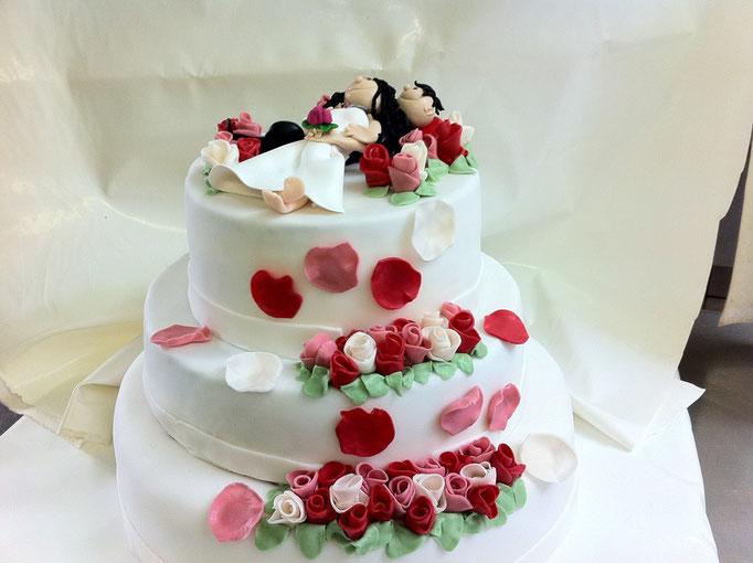 Hochzeit im Rosenbett