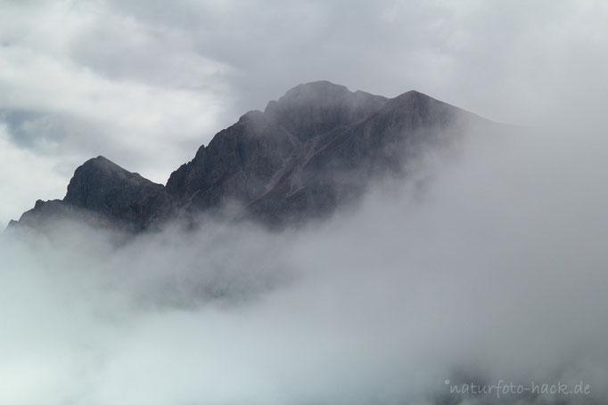 Aufziehendes Gewitter/ Dolomiten
