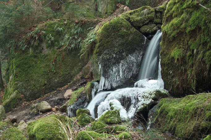 Wasserfall Blauenthal gefroren