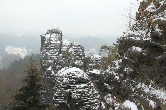 """Blick auf die Felsformation """"Mönch"""""""