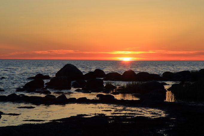 Sonnenuntergang am Strand von Gnisvärd