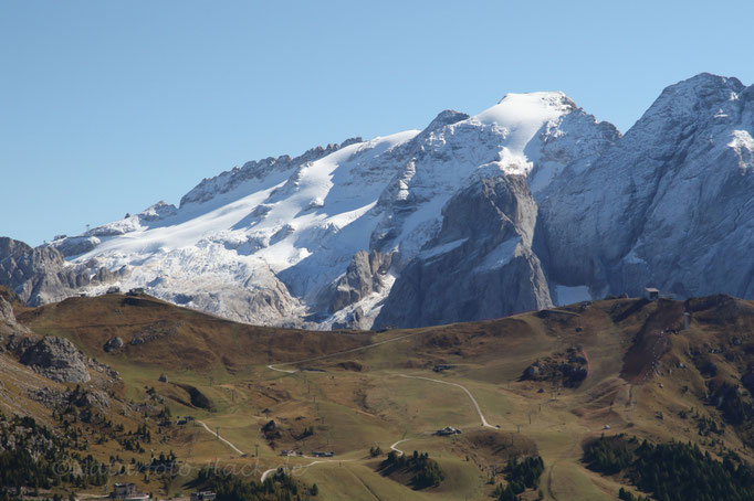 Blick zur Marmolada - einziger Gletscher der Dolomiten