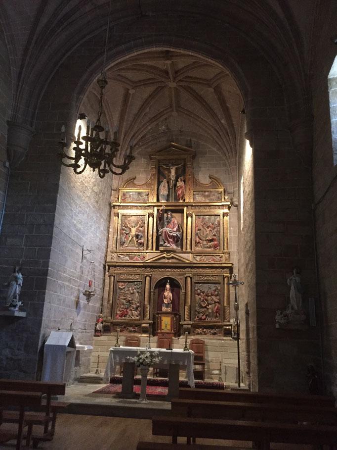 la Virgen en la iglesia de San Andrés en Zariquiegui