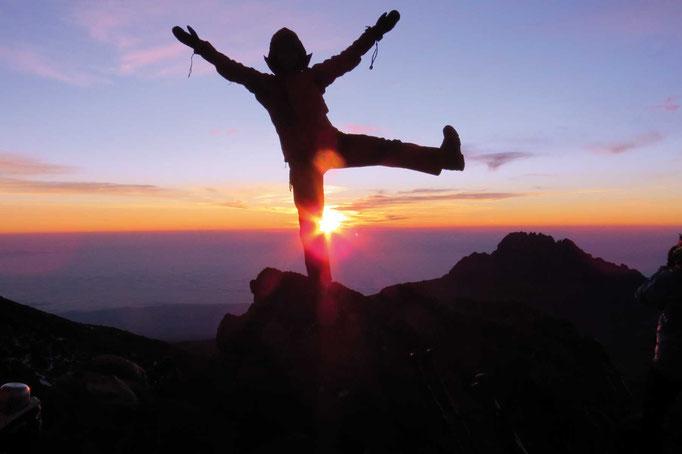 Sonnenaufgang, Kilimanjaro besteigen, Detailinfos Kilimanjaro, Auf den Kilimanjaro, Bergtour Kilimanjaro