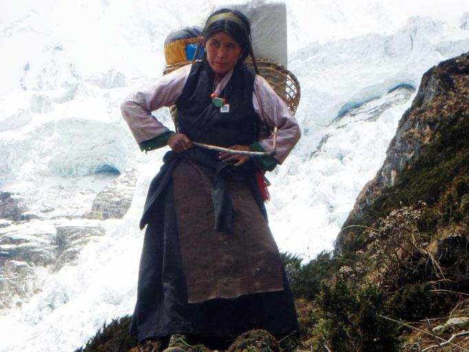 Manaslu Expedition, Manaslu Besteigung, Manaslu Nachmonsun, manaslu Ausrüstungsliste,