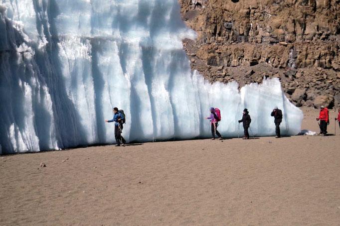 Furtwängler Gletscher, Kilimanjaro besteigen, Detailinfos Kilimanjaro, Auf den Kilimanjaro, Bergtour Kilimanjaro