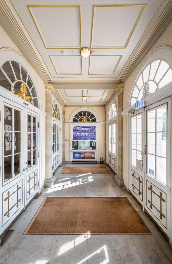 Landestheater Coburg - Foyer (#1)