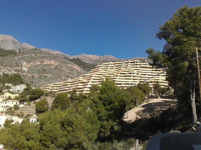 Rehabilitación de Jardineras de Fachada en el Edificio Villamarina Golf - Altea