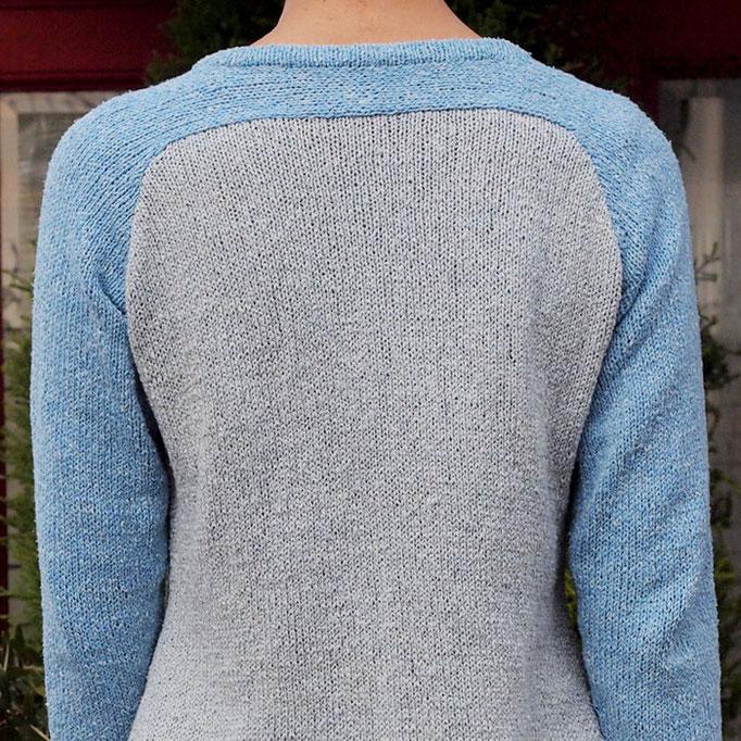 ツートーンの長袖Tシャツ