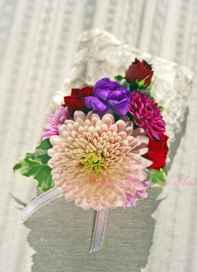 生花 和装のてまり3段ブーケ 花婿様のブトニア