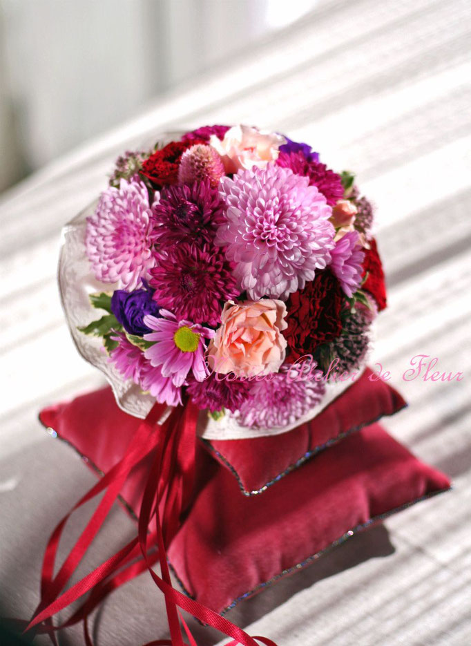 生花 花嫁様のブーケのテイストに合わせたプレゼント用ミニブーケ