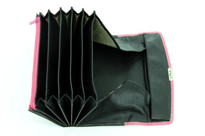 Serviceportemonnaie Schwarz-Pink b