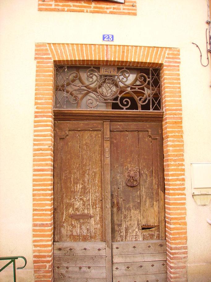 Rue Louis Pernon