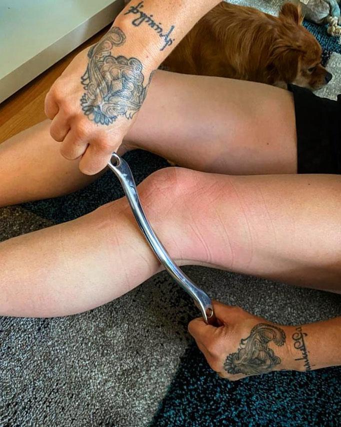Schaben, Schabtechnik, Personal Training, Runners Knee Behandlung
