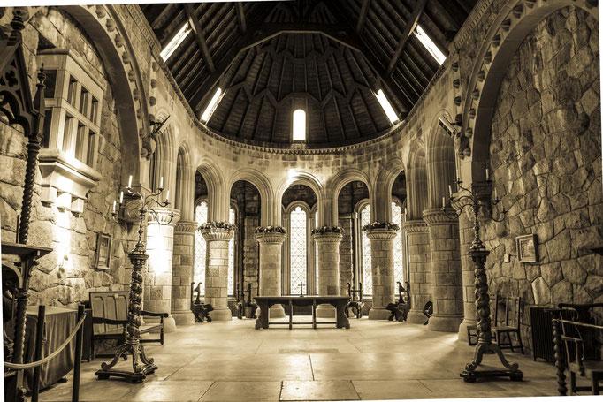 Kirsten: Kapelle am Loch Lomond