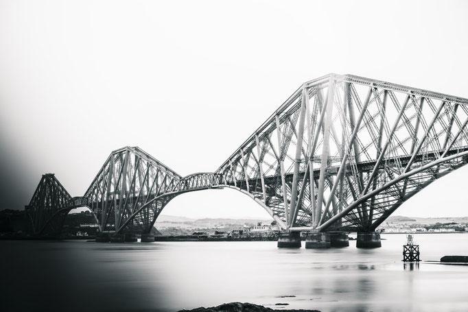 Kirsten: The Bridge
