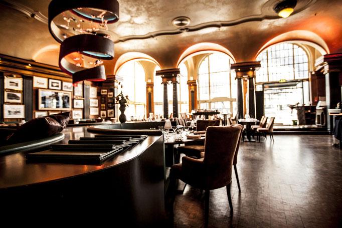 Impressionen aus dem Restaurant Wartesaal am Dom - Das lichtgeflutete Restaurant