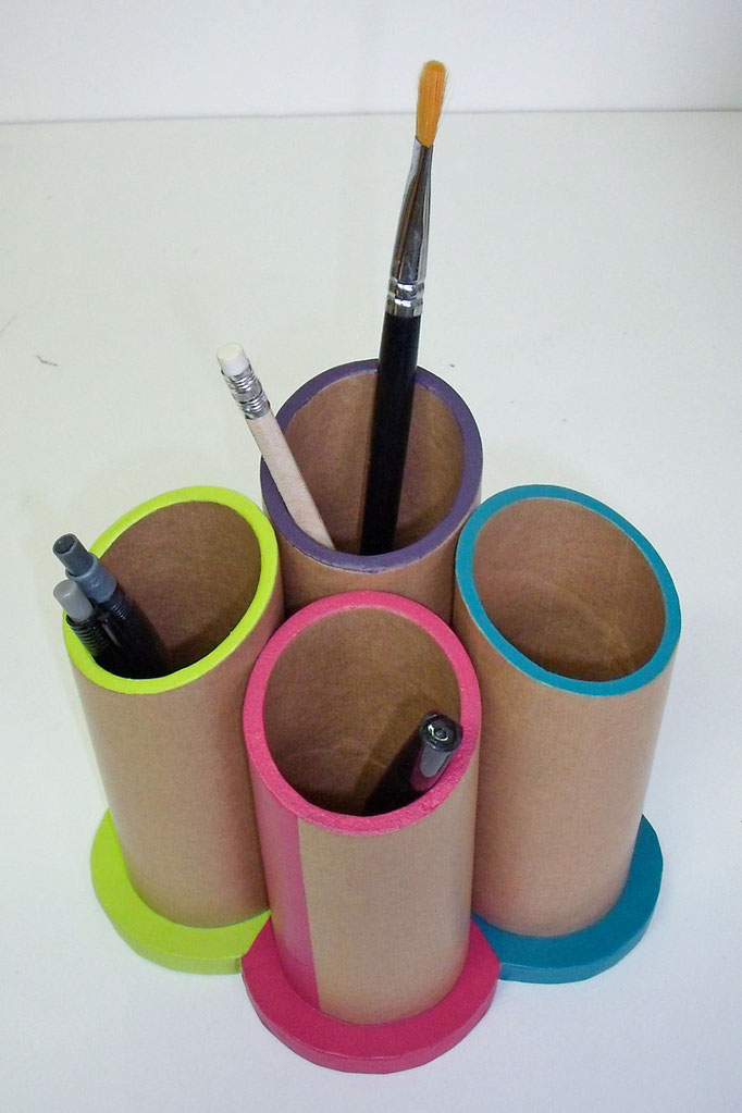 Pot à crayons en carton