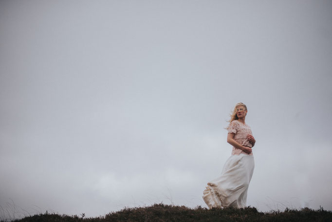 A bride in the heath