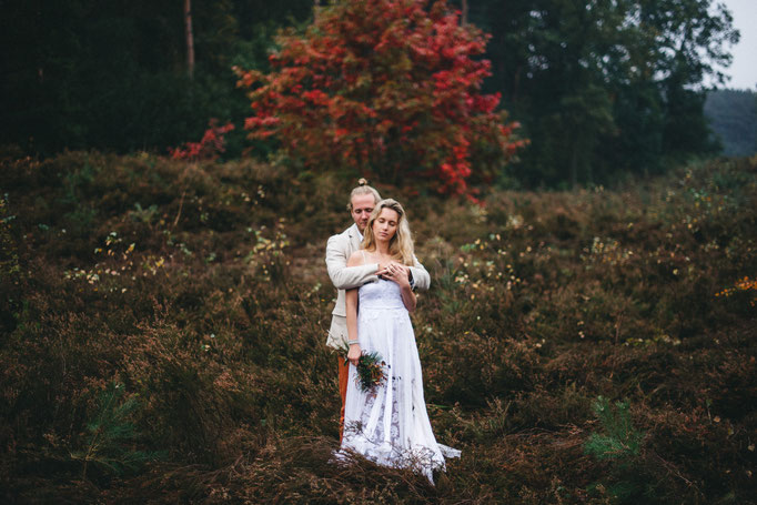Autumn wedding in the heath
