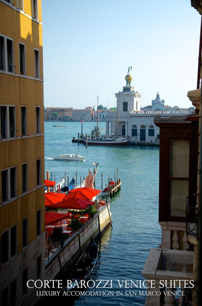 Corte Barozzi Venice: view of Punta della Dogana