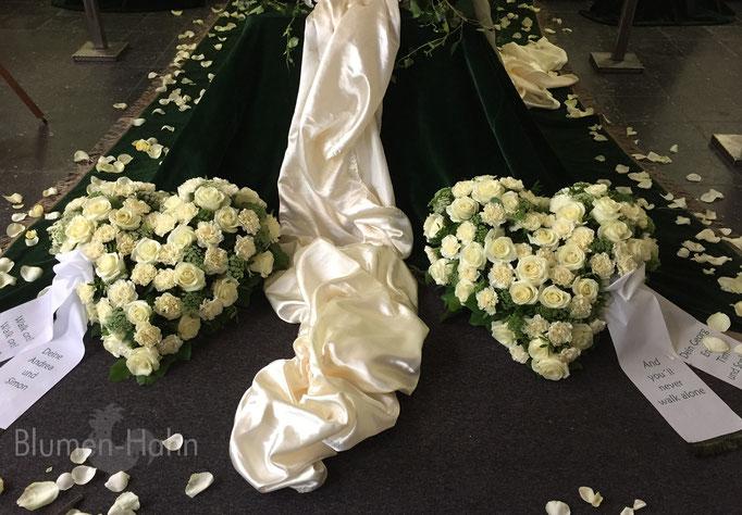 Weiße Rosen herzen