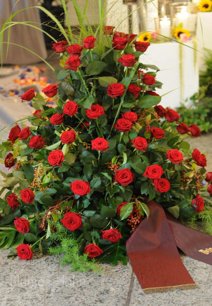 Rotes Rosen gesteck