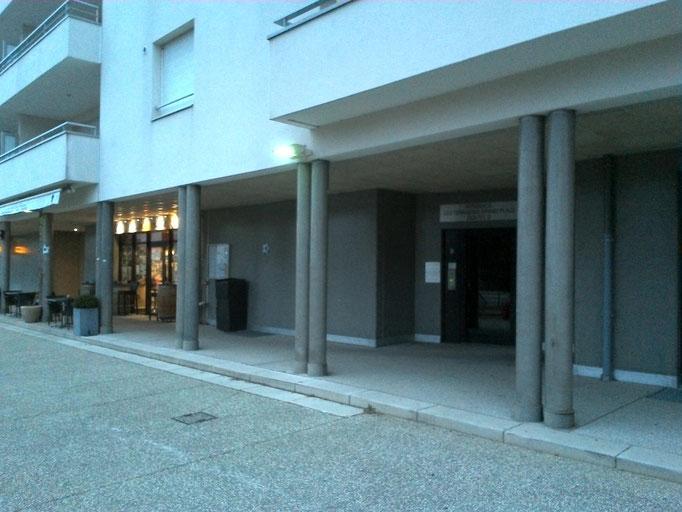 Entrée du Cabinet (entrée B de l'immeuble)