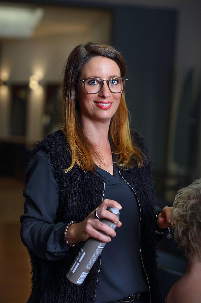Friseursalon_Aufnahmen_Mitarbeiter_Portrait_Business_Dortmund_Fotografin Julia Neubauer