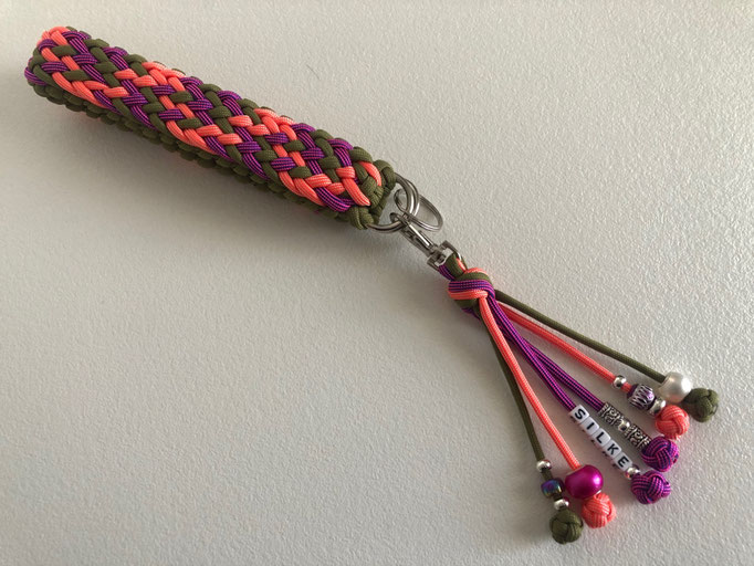 Schlüsselanhänger mit Mini Mo's Color Explosion & Matthew Walker Knot