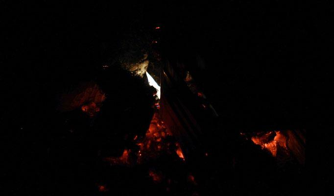 und ewig lodert das Feuer