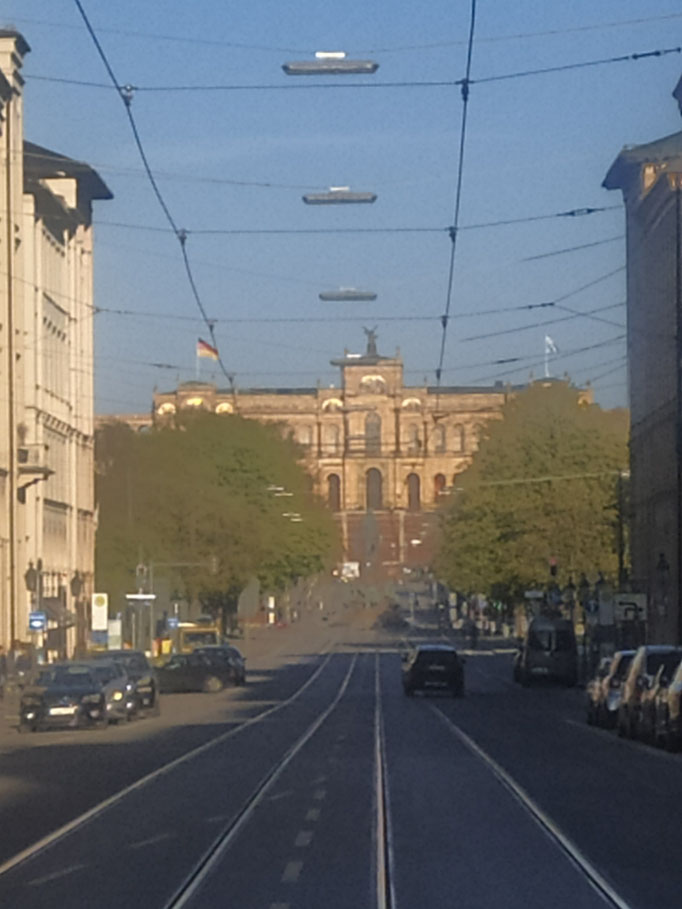 Maximilianstraße und Maximilianeum