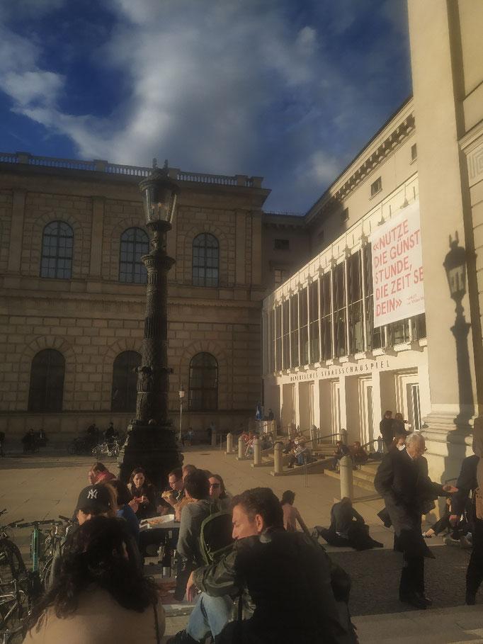 ... an der Oper
